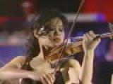 Vanessa-Mae plays Toccata &amp Fugue