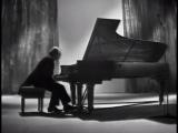 Yakov Flier plays Beethoven Piano Sonata no. 17, op. 31 no. 2 - video 1974