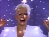 Annie Lennox &amp Al Green - Put A Little Love In Your Heart 1988