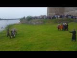 Пародия боя за защиту кр. Орешка в 14ом веке