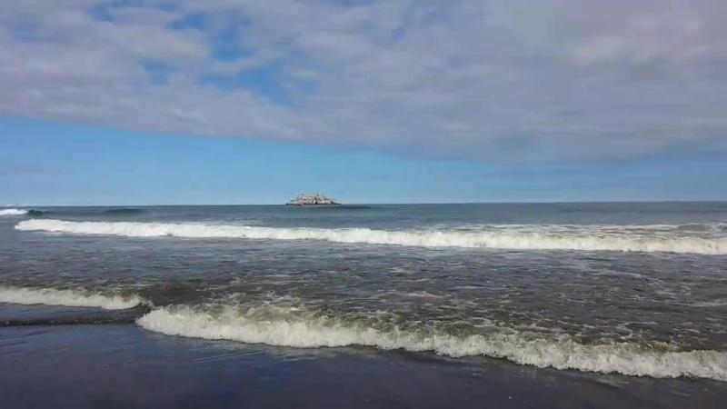Камчатка. Тихий океан. Халактырский пляж.