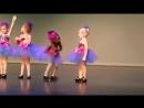 Танцуют дети - разный подход к танцу европеек и афроамериканок