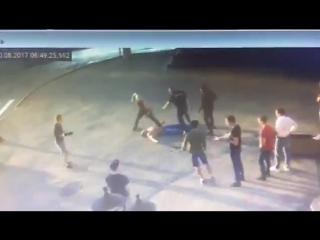 В Хабаровске в уличной драке погиб чемпион мира по пауэрлифтингу Андрей Драчев.