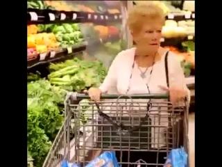 Бабуль, я что то проголодался