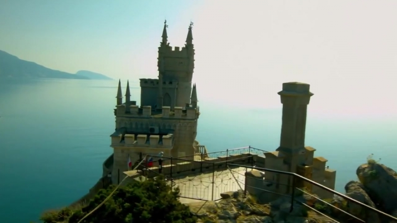 Красоты Крыма. Ялта. Замок Ласточкино гнездо