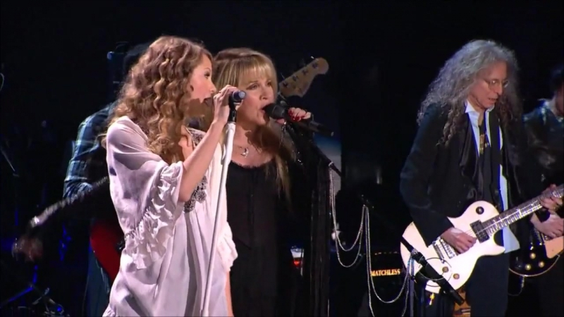 Taylor Swift Stevie Nicks - Rhiannon (Live at Grammy Awards 2010)