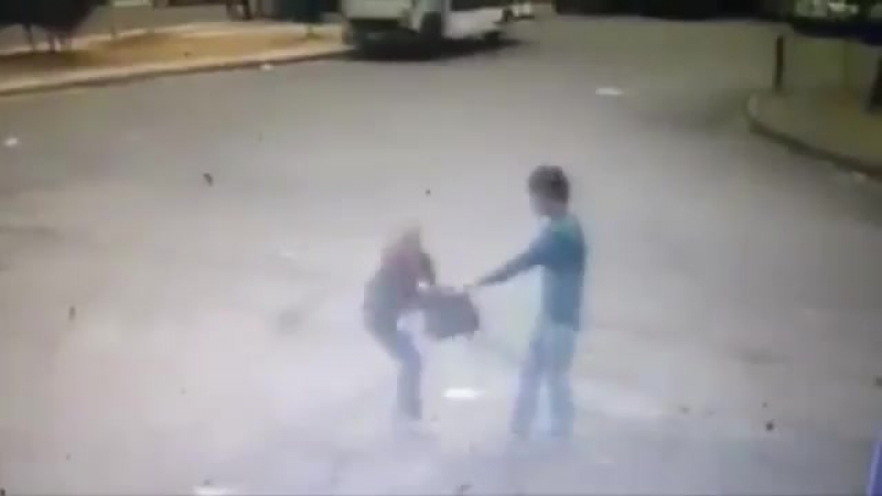 Грабитель случайно прострелил голову подельнику