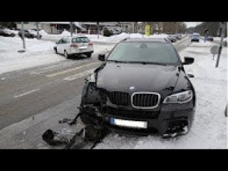 Extreme Ultimate Retardet Drivers Fails, Extreme Winter Driving Fails And Sounds 2017