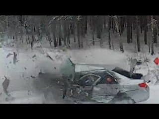 Extreme Ultimate Retardet Drivers Fails, Extreme Driving Fails And Sounds March 2017 3