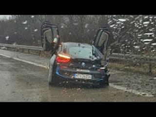 Best Of Ultimate Retardet Drivers Fails, Extreme Driving Fails And Sounds March 2017