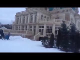 Эвелина Блёданс - Утро губастых съемок