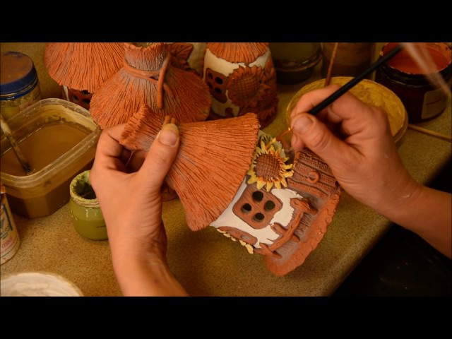 Покрытие домика- светильника глазурями и эмалями. Coating house - lamp with glazes and enamels.
