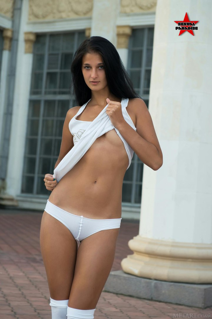 Venessa hudson nude pics