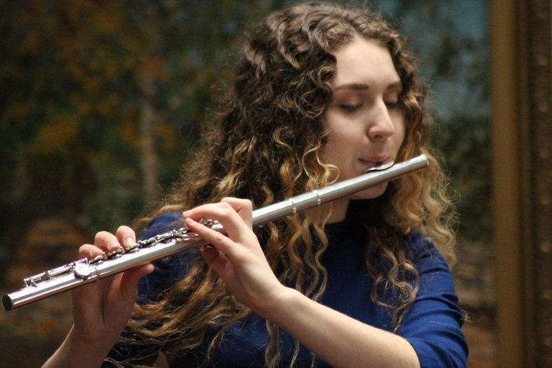 Афиша Тамбов Выступление Дианы Никитиной и ее флейты
