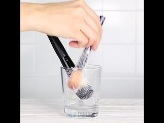 Крутая доска для чистки кистей для макияжа