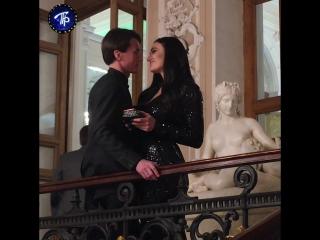 Алёна Водонаева со своим возлюбленным на премии