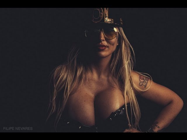 DJ SABRINA BOING BOING em Bom Principio RS Salao Flach lotado inicio de set 17 08 13