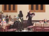 Танец израильтянки с узбечкой.