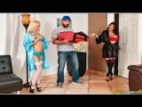 Romi Rain  Aspen Romanoff  Big Tip For Pizza Sluts