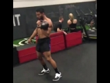 Some Single Kettlebell Burpee Snatches to start my conditioning workout today. Try them out and share your feedback, lets get