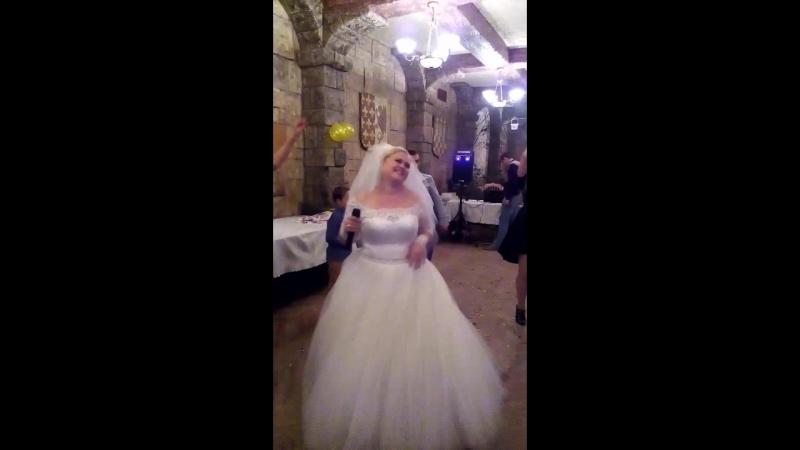 Зажигаем все, невеста прекрасно поет для жениха, а мы отрываемся от земли от флюидов тамдешней ЛЮБВИ » Freewka.com - Смотреть онлайн в хорощем качестве