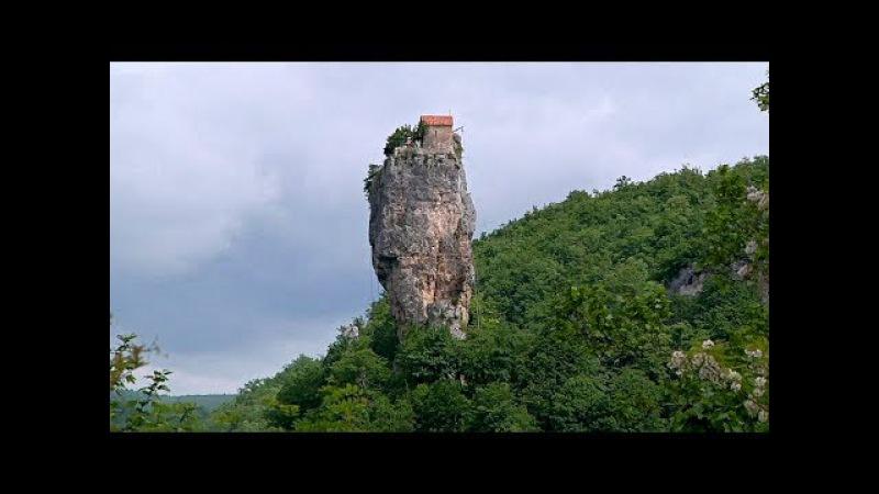 Загадочный столп Кацхи: церковь в 40 метрах над землёй (новости)