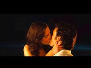 Claflin and Emilia Clarke French Kiss Scene