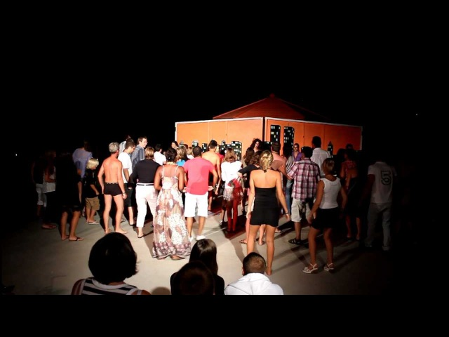 Sitia Dance Club Mueve la Colita 2011 (By Levis)