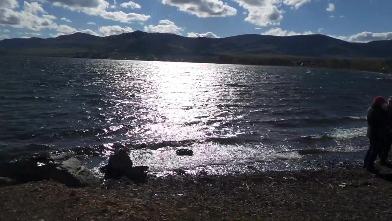 Озеро Банное 7 мая)) после похода, держим путь в Абзаково!)