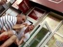 26.05.2014 Донецк , Ж_Д вокзал . Видео 18 Убита женщина 3 раненных