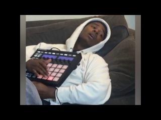 Lazy DJs be like
