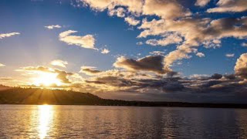 Autumn Sky - Lake Sammamish 4K UHD
