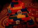 построили с папой -дом из конструктора лего