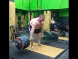 Влад Алхазов тянет 422,5 кг