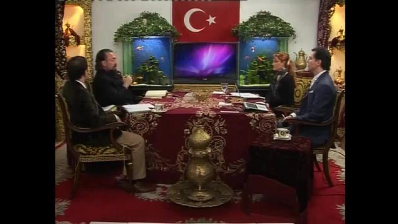 Erbakan, Fethullah Gülen, Mehmet Kutlular, Süleyman Hilmi Tunahan gibi Müslüman önderlere atılan ift