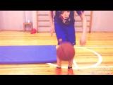 26 раз баскетбольным мячом