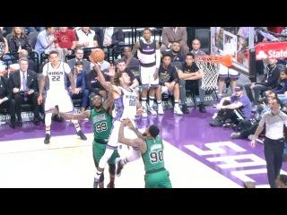 Willie Cauley-Stein Flies for SICK Alley-Oop vs. the Celtics   02.08.17