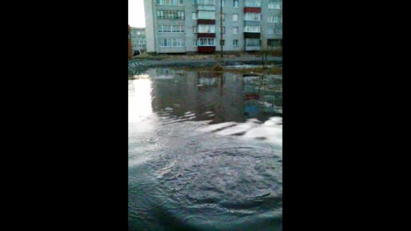 Бросаем камни в воду)