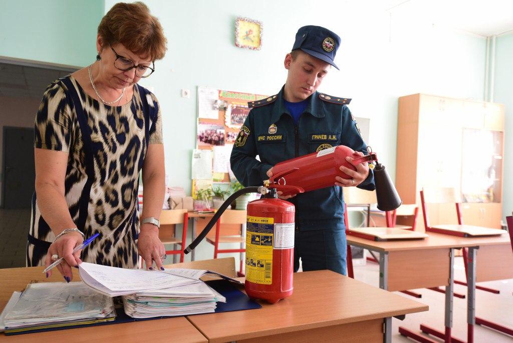 В Ростовской области надзорные подразделениями МЧС проводят сезонную профилактическую операцию «Школа»