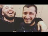 Магомед Исмаилов и Мамед Халидов, за кулисами на открытой тренеровке в предверии ACB 48.