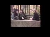 1993 - Интервью с Сарой Мишель Геллар за кадром сериала