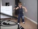 Мальчику 4 года...круто танцует!