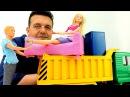 ¡Ken y Barbie 👫 Juegos de mudanzas en camiones de casas de BARBIE Casa de los sueños de Barbie