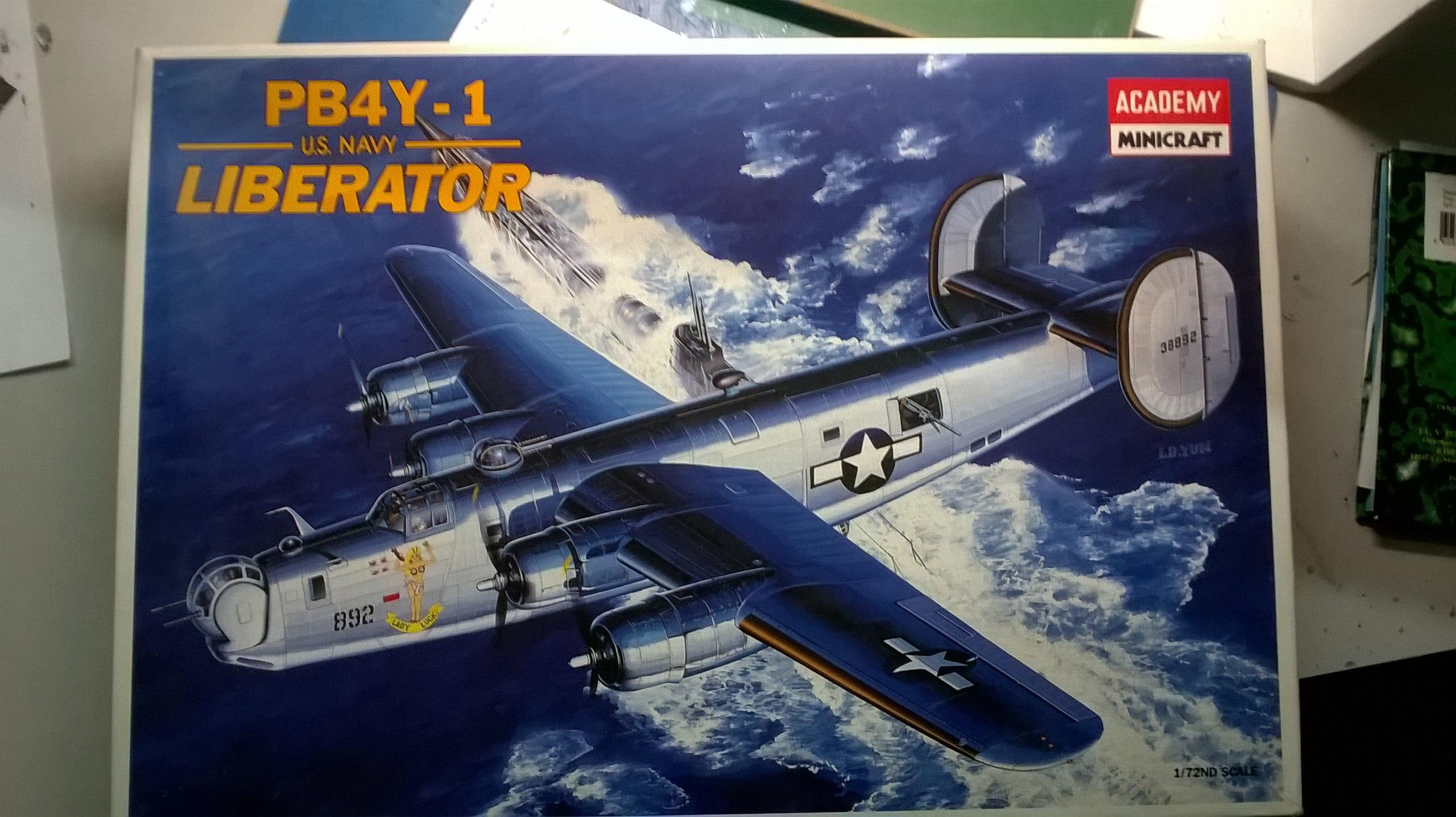 B-24H Liberator 1/72 (Academy) 7yOe4M_f0mM