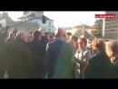 Экс-премьер и кандидат в президенты Франции Вальс чуть не получил пощёчину
