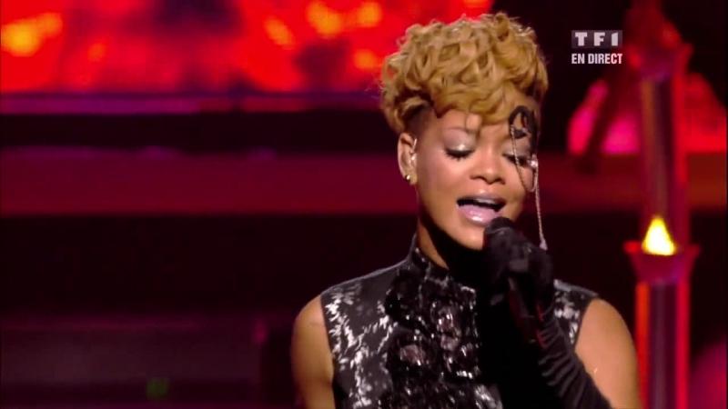 RihannaRussian Roulette (Русская рулетка) NRJ Music Awards 2010
