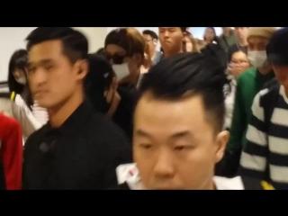 [FANCAM] 17/05/13 Hong Kong Airport