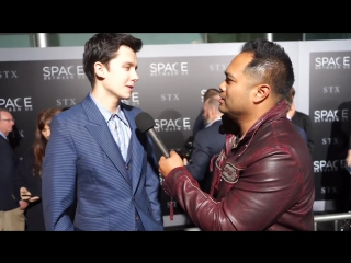 The Space Between Us _ Screening Interviews (Manny on the Streets) _ In Theaters February 3, 2017