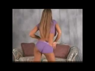 Старик принудил к сексу видео, я девушка онанистка