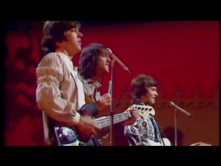 Paul Revere & The Raiders - Indian Reservation (1971)